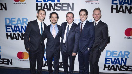 DEH Benj Pasek, Alex Lacamoire, Michael Greif, Steven Levenson, Justin Paul - Photo Credit Jenny Anderson[2]
